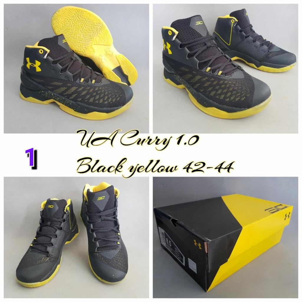 Dapatkan Harga sepatu volly Diskon  d67581e3b2