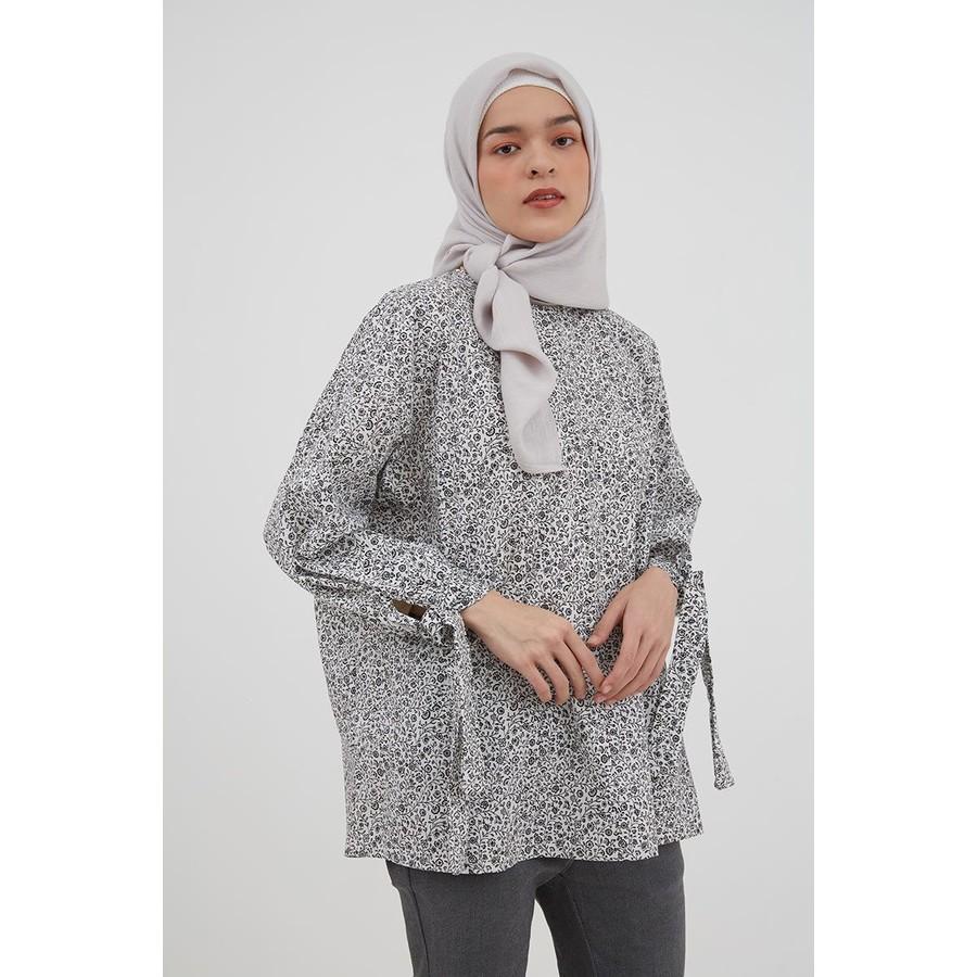 Hijabenka Wanola Floral Loose Blouse White Shopee Indonesia