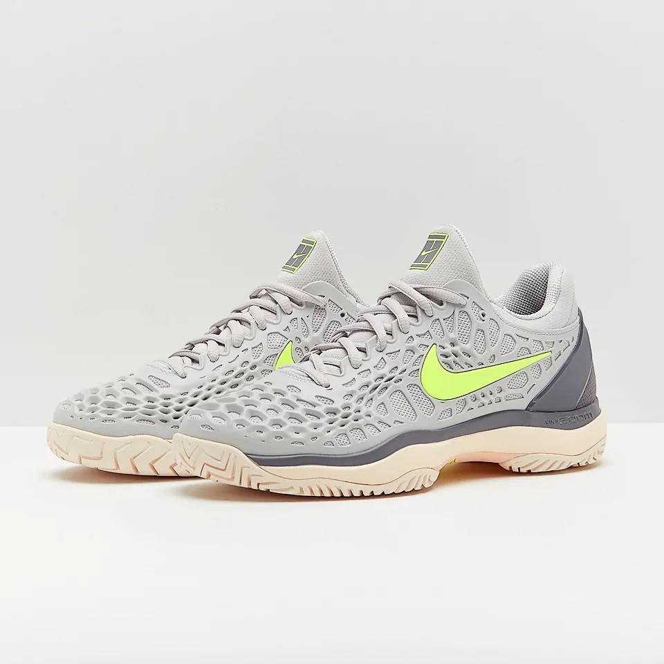 huge discount c3685 4bd1b Jual Beli Produk Sepatu Tennis - Sepatu Olahraga   Olahraga   Outdoor    Shopee Indonesia