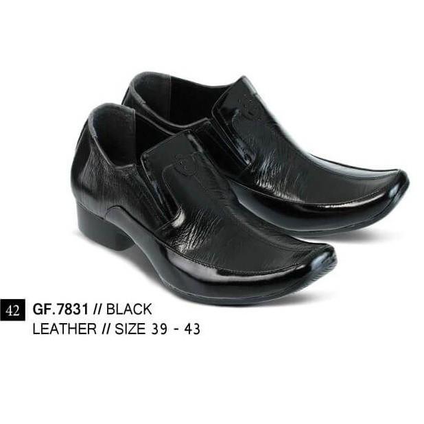 sepatu kulit cibaduyut - Temukan Harga dan Penawaran Sepatu Formal Online  Terbaik - Sepatu Pria Januari 2019  132bf3a4c4