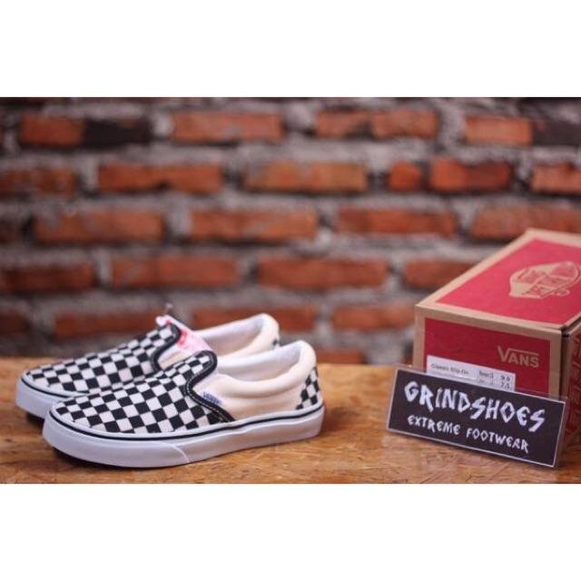 Sepatu Vans Slip On Vault Og Checkerboard Black White  e73c498650