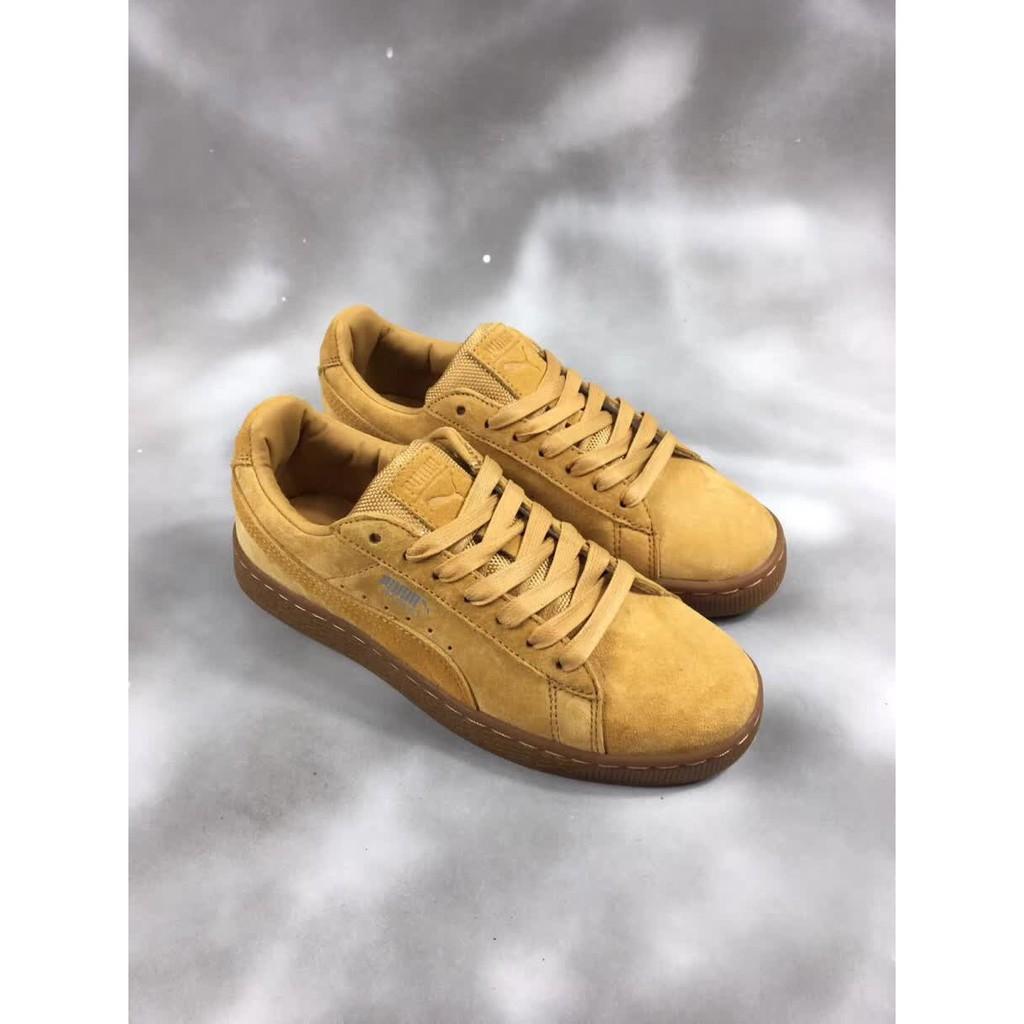 sports shoes 71485 c95e6 Sepatu Sneakers Klasik Bertali Desain Puma Fenty Suede untuk Pria / Wanita