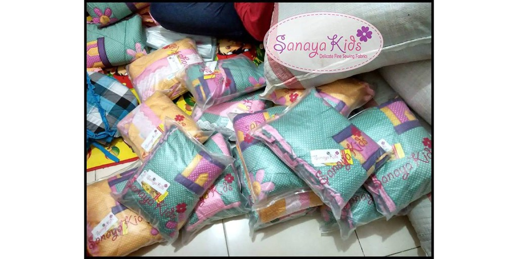 Harga Mukena Anak Sanaya Kids Hello Kitty Fit S Terbaru 2017 Source Mukena . Source ·