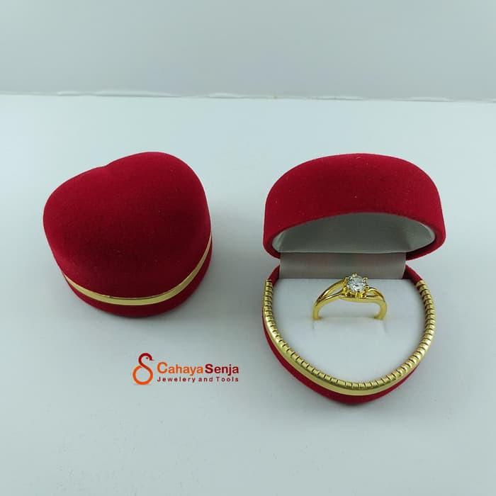 Tempat Cincin Sepasang Kotak Cincin Tunangan Singel Dan Couple Love Beludru Ring Box Shopee Indonesia