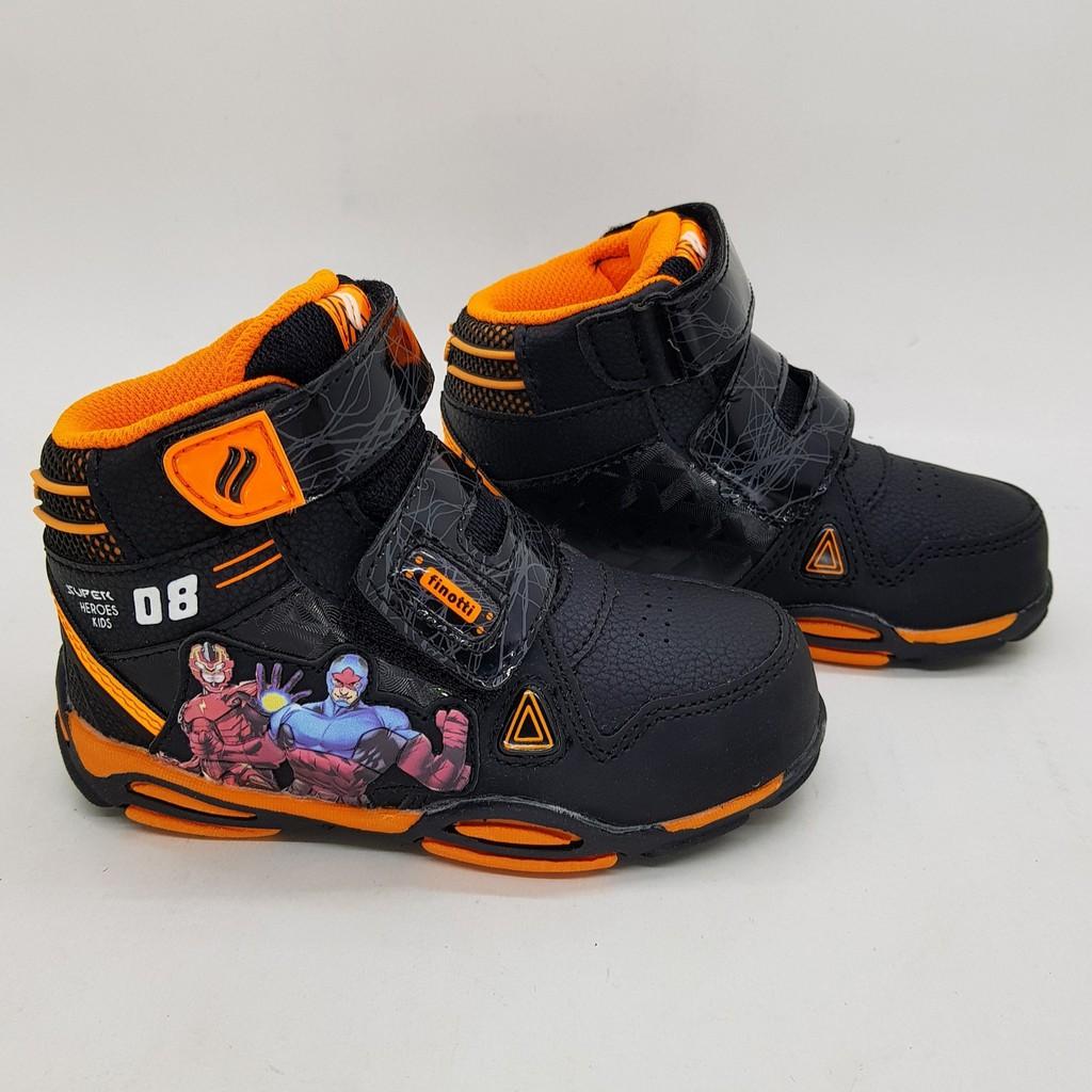 Sepatu kanvas anak sekolah Finotti Samba JR (ada 2 warna)  b504724b7c