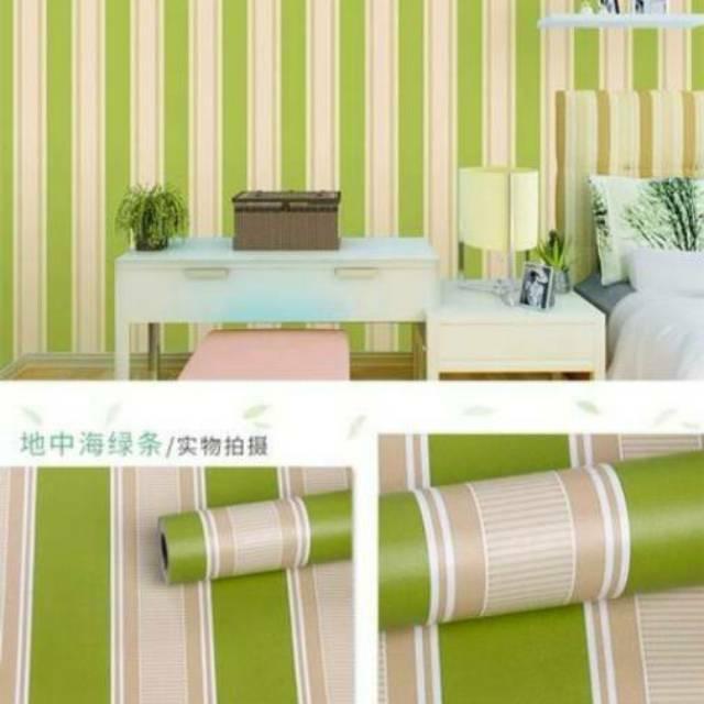 Wallpaper Sticker Dinding Ruang Tamu Termurah Garis Salur Hijau Putih Elegan Terlaris 10 M X 45 Cm Shopee Indonesia