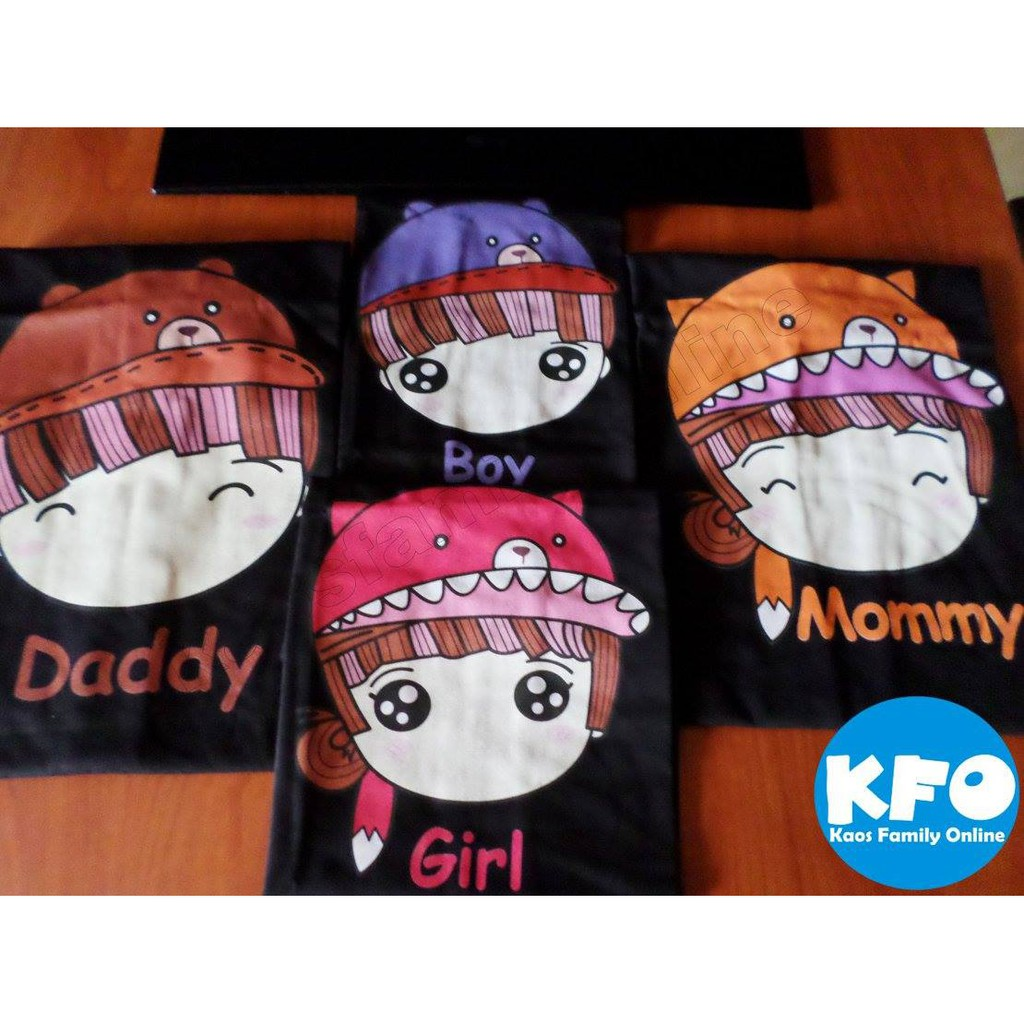 Baju Kaos Keluarga Family Couple Gathering Request Nama Custom Termurah Karakter Lucu