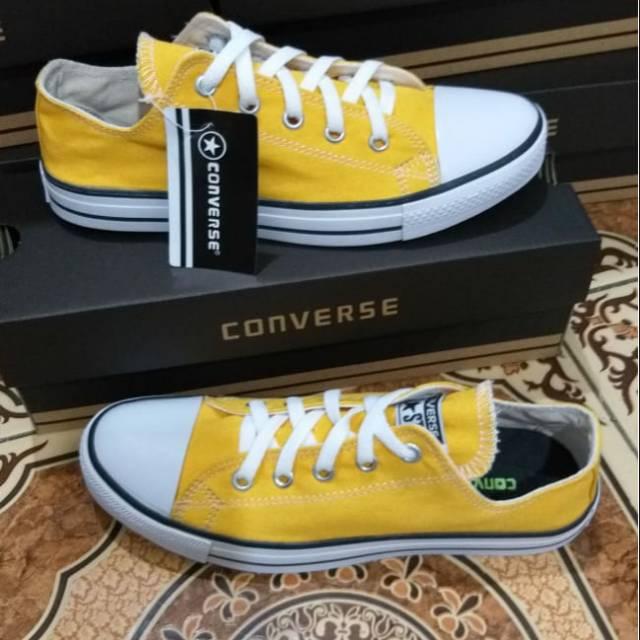 Sepatu Sneakers Clasik Kuning All Star Bonus Kaos Kaki Shopee