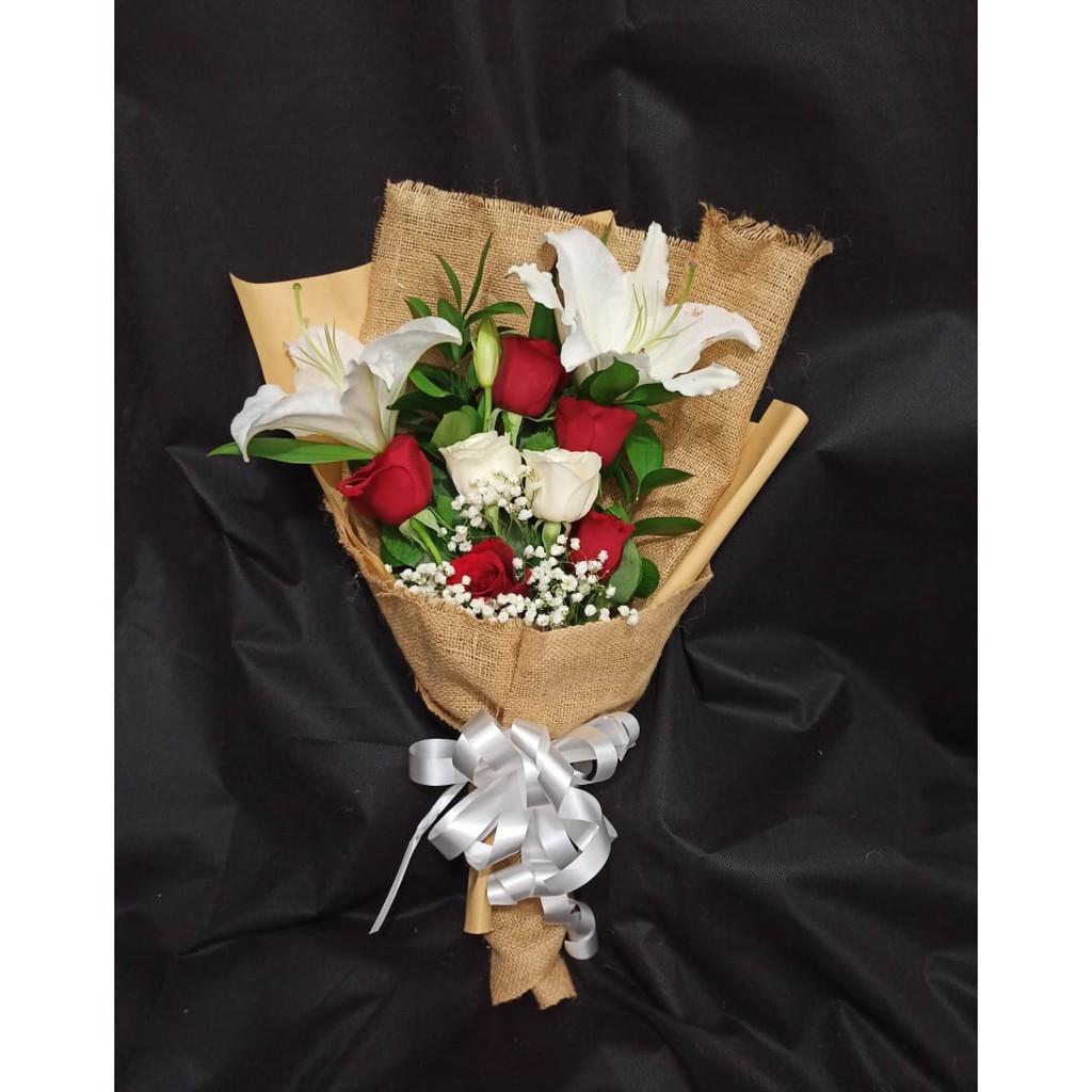 Bouqet mawar / Buket Bunga Wisuda / Buket bunga asli wisuda / buket bunga mawar di Bogor
