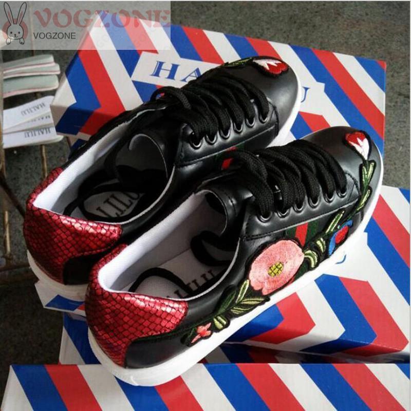 [Bayar Di Tempat]Sepatu Sneakers Sport Korea + Simpul Tali