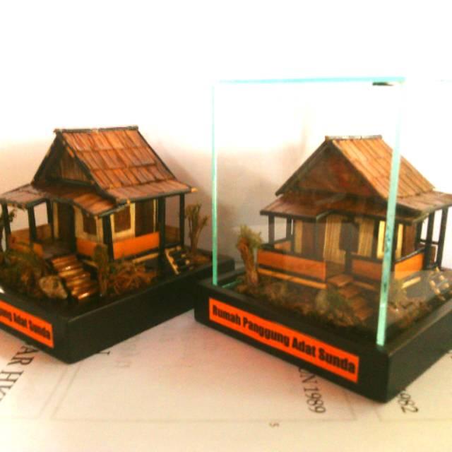 Model Rumah Panggung Sunda