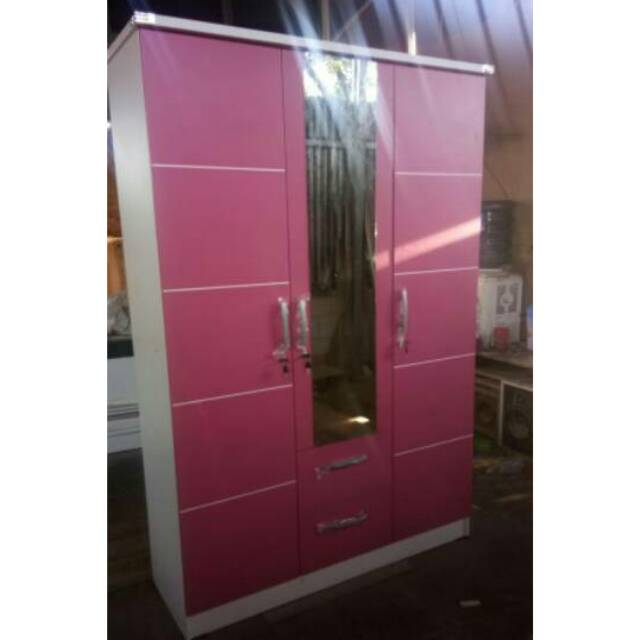 Lemari Pakaian 3 Pintu Minimalis Pink Lemari Baju Murah Model Mewah Free Onkir Jabodetabek Shopee Indonesia