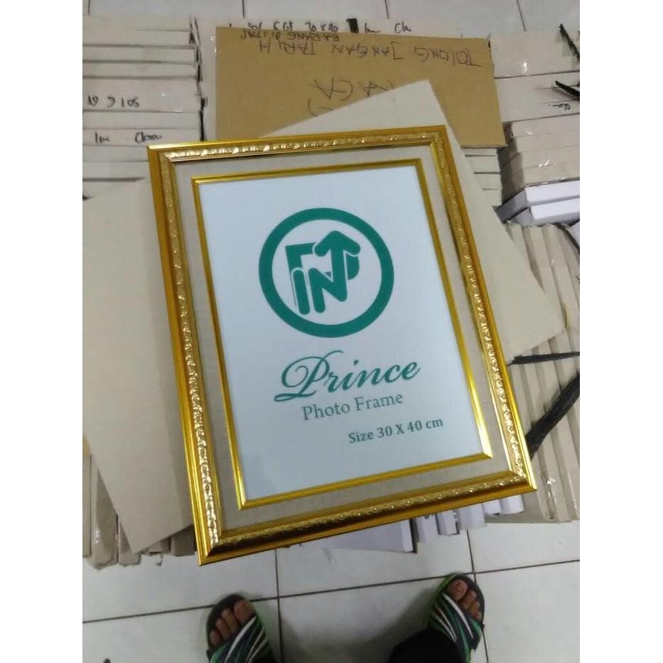 frame figura bingkai foto wedding prewedding gold 17r 12r 30x40 cm shopee indonesia frame figura bingkai foto wedding prewedding gold 17r 12r 30x40 cm
