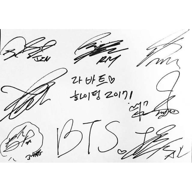 Koleksi Tanda Tangan Idol Korea Bts Exo F X Red Velvet