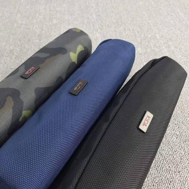 pouch tumi pencil case TUMI grade ori