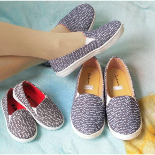 Sepatu couple ibu dan anak kanvas  e5c55e0209