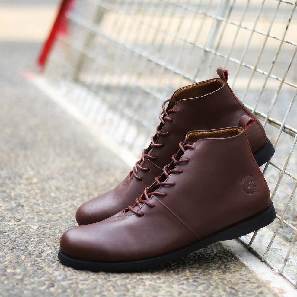 Sepatu Kulit Pria Zapato Footwear Buena Brown Shopee Indonesia Boots Bradleys Tan Sekelas Brodo