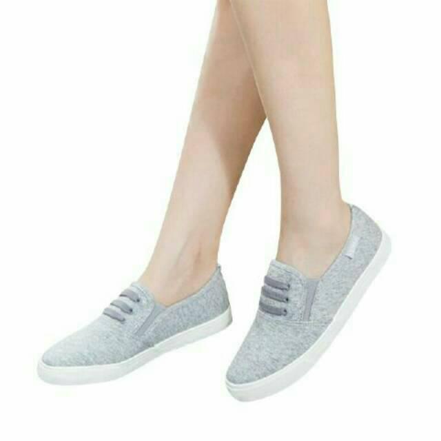 Belanja Online Sepatu Flat - Sepatu Wanita  d750cdbdd7