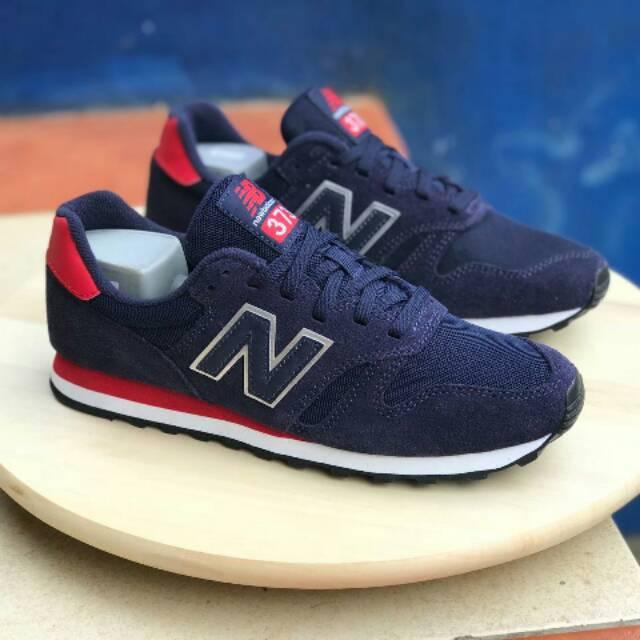 New balance 373 navy suede