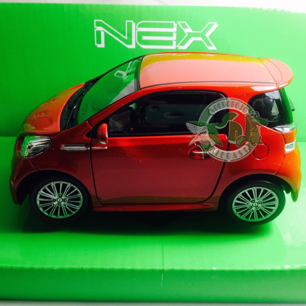1/24 WELLY ASTON MARTIN CYGNET (Merah)