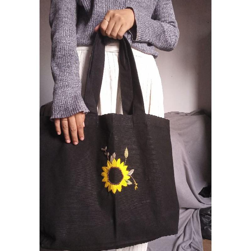 Embroidery Tote Bag Canvas Black Sunflower Tas Sulam Kanvas Hitam Bunga Matahari Shopee Indonesia