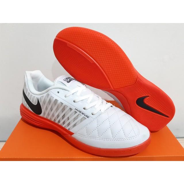 matriz confirmar Gruñón  Sepatu Futsal Nike Lunar Gato II White Platinum Crimson   Shopee Indonesia