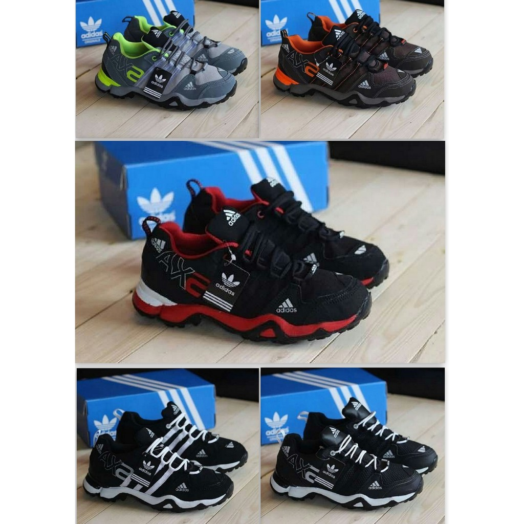 Sepatu Sneakers Olahraga Pria Model Adidas Pure Lillard 3 Warna Hitam  08712b0faf
