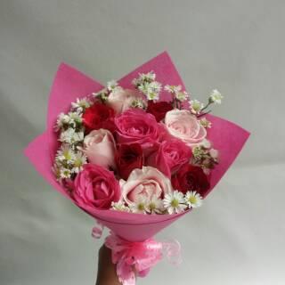Buket Bunga Mawar Asli Hadiah Ulang Tahun Pacar Shopee Indonesia
