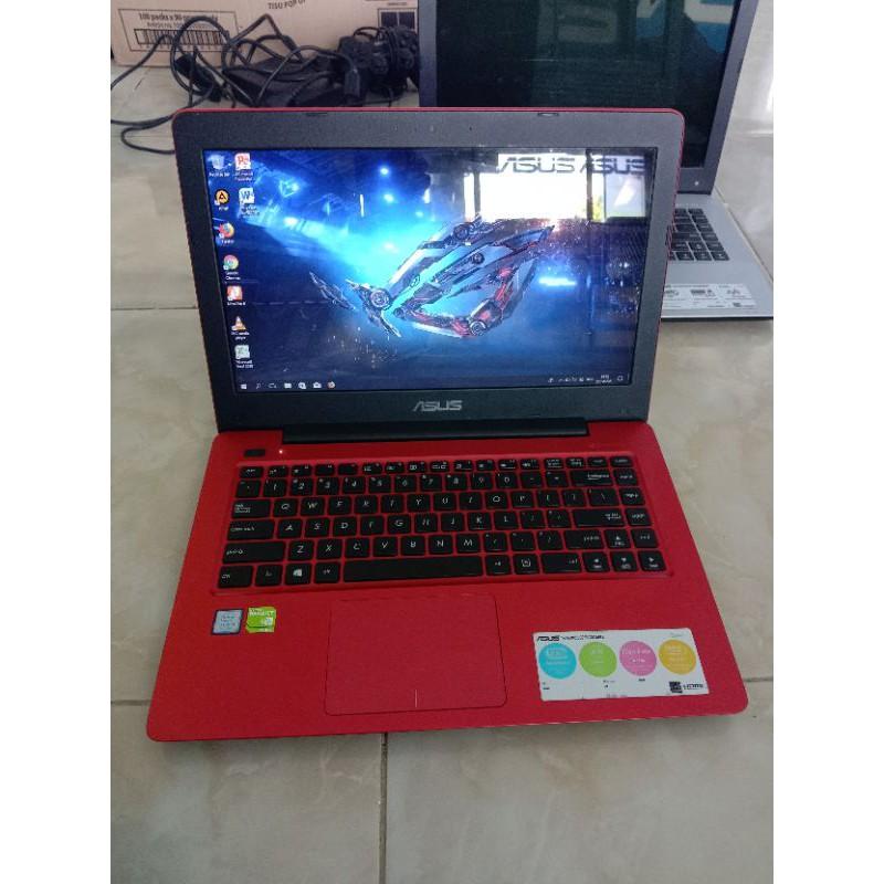 Laptop GAMING ASUS Core i5 gen 7 RAM 8GB VGA NVidia 2GB