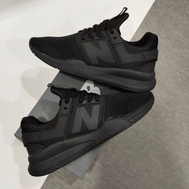 New Balance 247 Triple Black