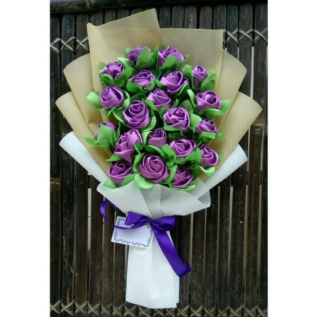 Buket Bunga Satin Hadiah WIsuda Ulang Tahun Nikahan  8  4e9a8054ea