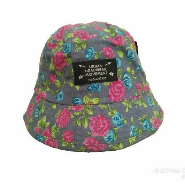 Topi Bucket Insolent motif bunga   Topi mancing  2af75e3b9d