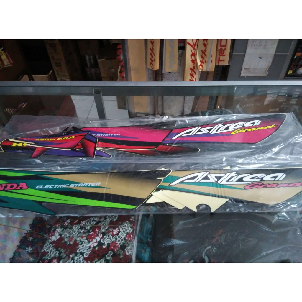 Striping Polet List Body Honda Astrea Grand 1997 Merah Ungu Pink 800 Shopee Indonesia