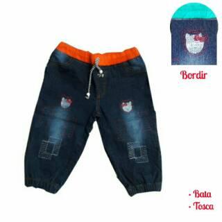... TERMURAH Bawahan Celana Jogger Kerut Jeans Levis Lokal Anak Bordir  Hello Kitty Kid. habis b4734deafd