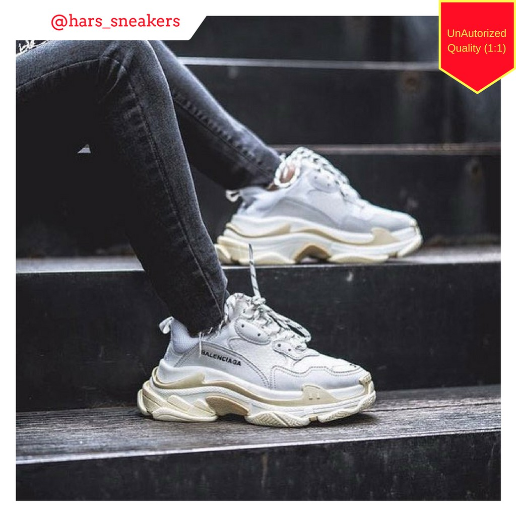 c48e840057e Sepatu Balenciaga Triple S Grey Wash   Cream UnAuthorized