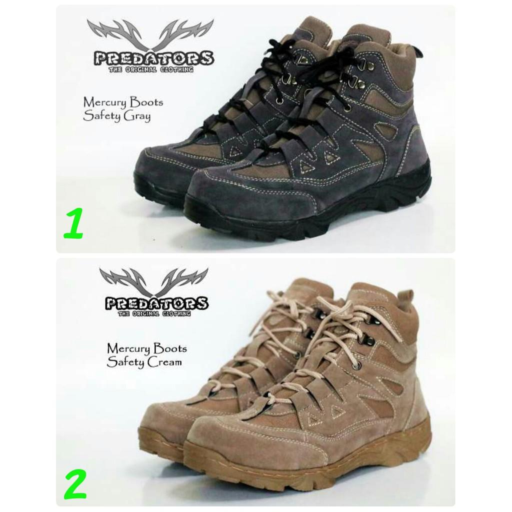 Sepatu boots safety pria .