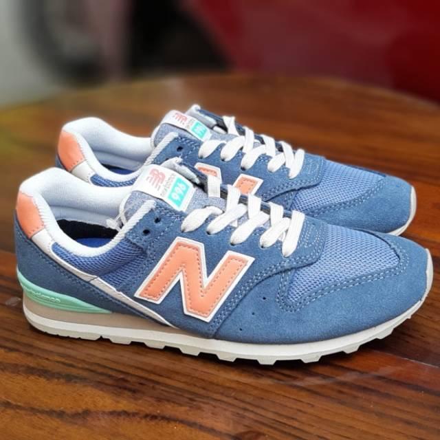 New Balance Women 996 Blue Orange Mint