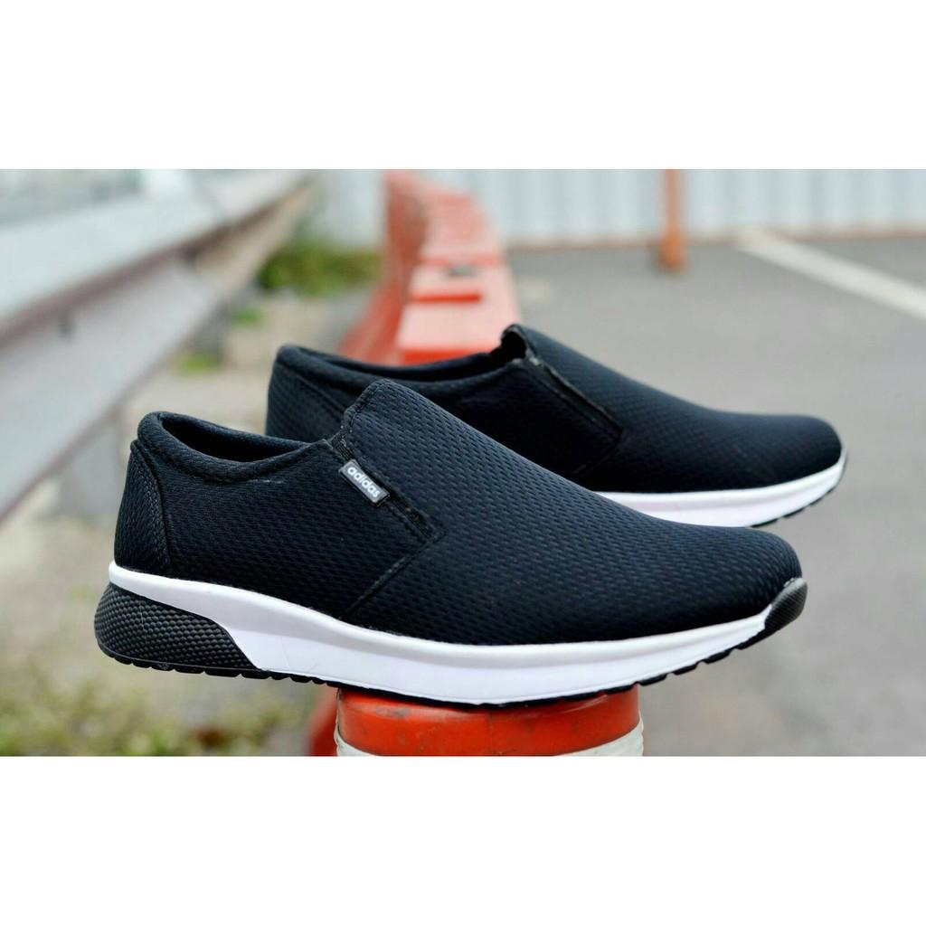Sepatu Slip On Goodness Play Santai Nyaman Trendy Gaya Nongkrong Casual  Fashion Slop Pria Size 39-43  8221832f01