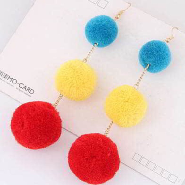 LRC Anting Tusuk Sweet Double Fuzzy Balls Pendant Decorated Pure Color Simple Earrings | Shopee Indonesia