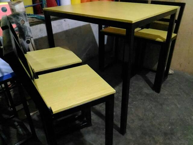 Paket 1 Set Meja Kursi Cafe Minimalis Industrial Meja Kursi Makan Resto Mini Bar Foodcourt Shopee Indonesia