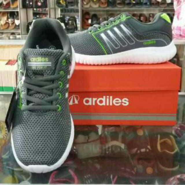 Sepatu olahraga pria Ardiles seri MRG Diesel