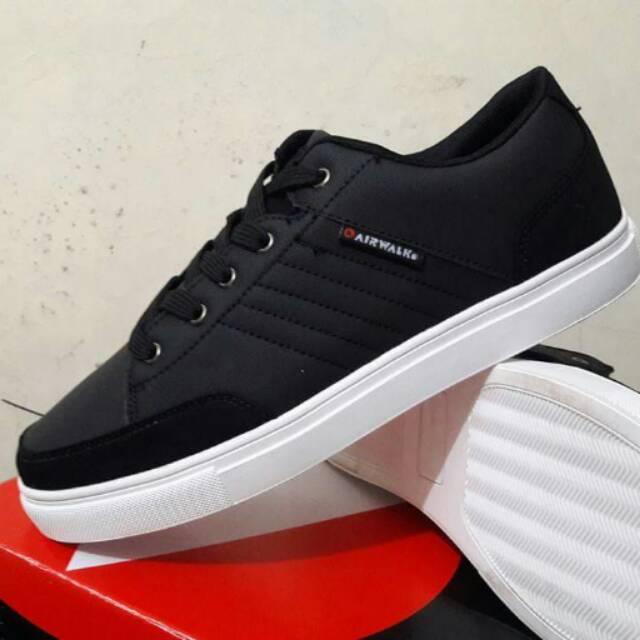 Sneaker Pria - Navy. Source · AIRWALK .