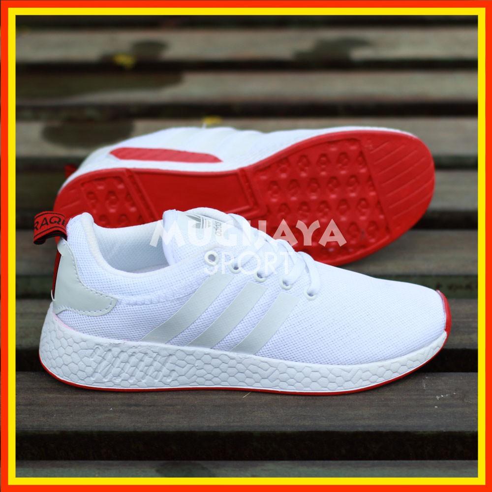 Sepatu Running Jogging Fitness Adidas Nmd R2 Woman Sneakers Sport