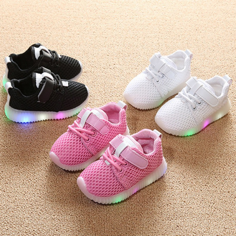 Sepatu Sneakers Olahraga Anak Laki-laki   Perempuan Bahan Rajut Breathable  dengan Lampu LED  61f9366160