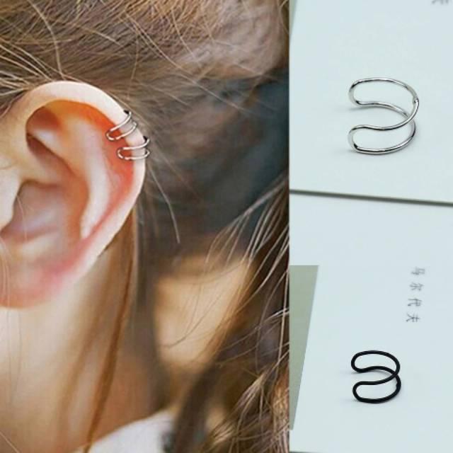 Anting jepit clip / clip tanpa tindik huruf C ( C ear cuff earrings)
