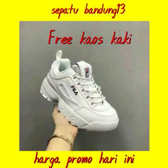Hot Sepatu Fila Sneakers Kasual Pria Sz 39 - 44 Made In Vietnam Grade  Original .  6f56a4e9e2