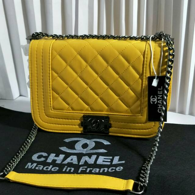 Tas Model Cantik   Chanel Mom   Tas Pesta Wanita Model Sling Bag  Party  Clutch Tali Rantai Mewah  f84c47c763
