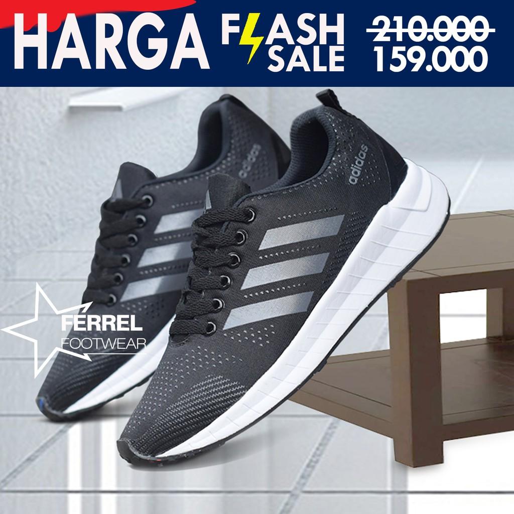 fc58eba5345ce Produk Terbaru Sepatu Adidas NMD TS1 GTX Gote rex Triple Black - Original  Free Ongkir