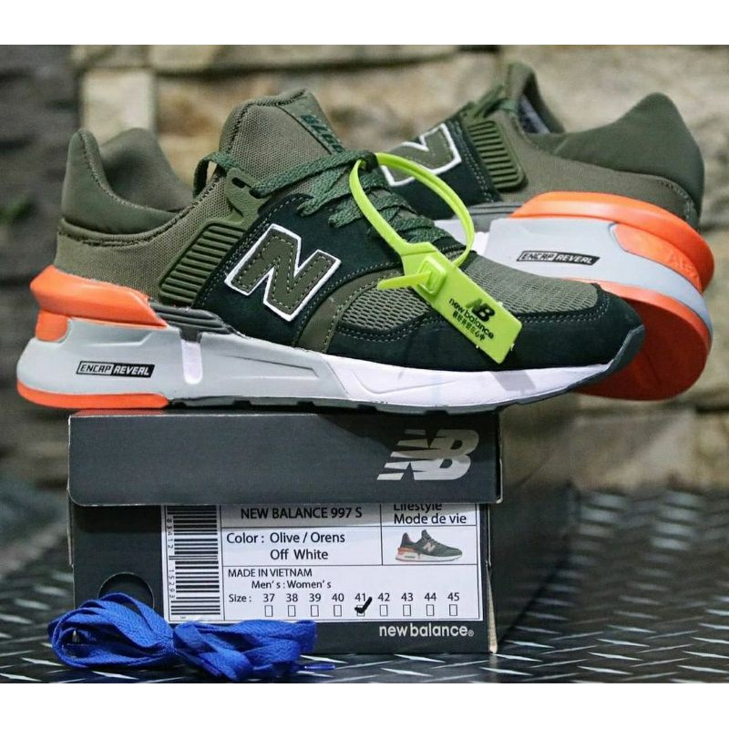 New Balance Sneakers 9972