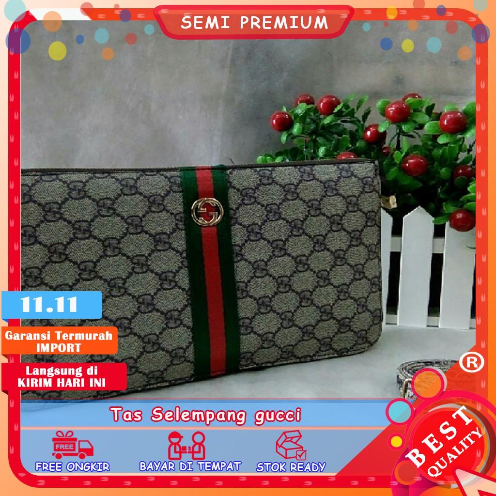 f824616adafe4b Tas Selempang gucci SEMI PREMIUM 2019 Bahan taiga + ada les di bagian  tengah | Shopee Indonesia